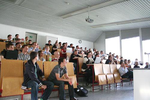 Publikum im Hörsaal